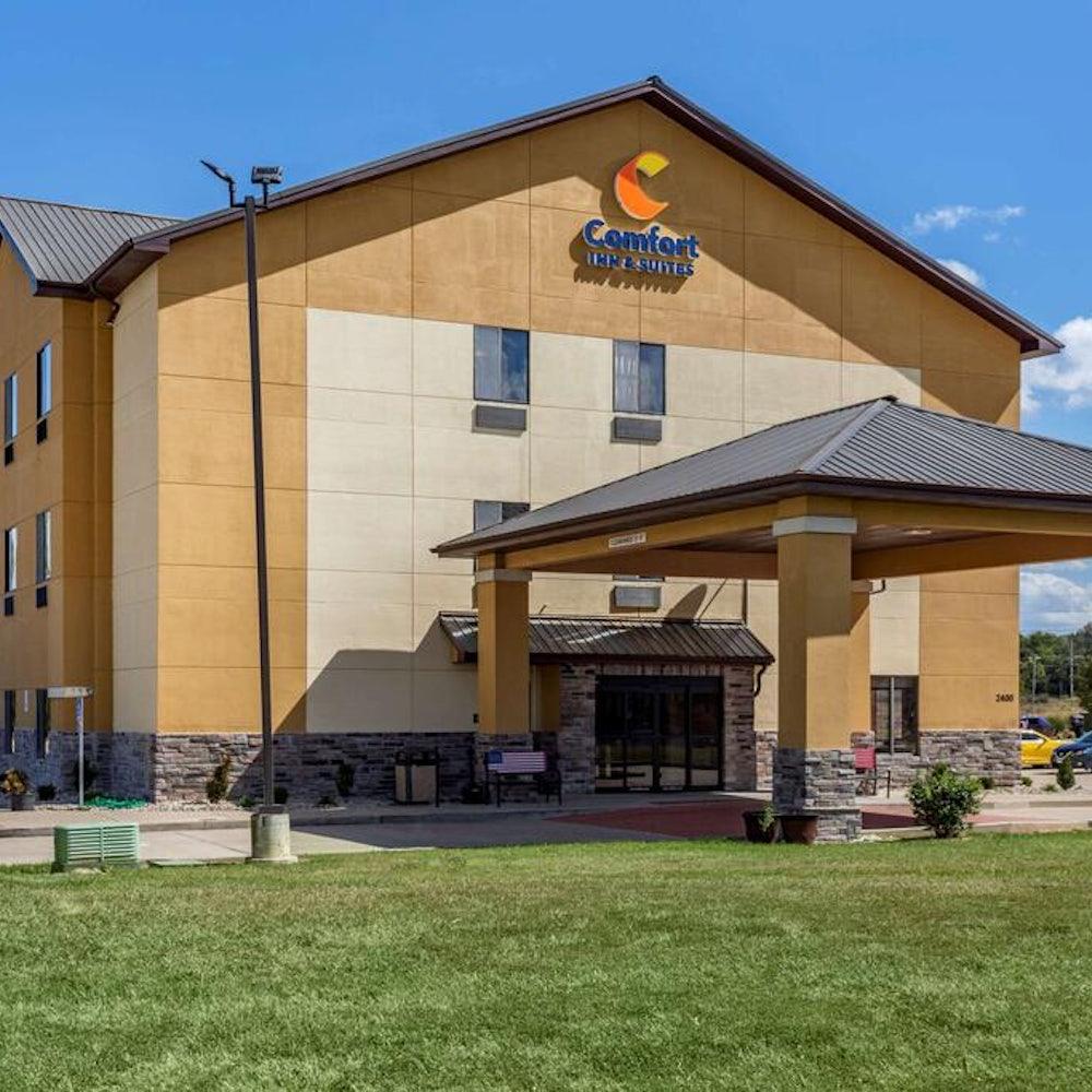 Comfort Inn  Suites