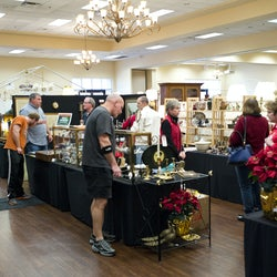 Christmas in Smithfield Antiques Show at the Smithfield Center