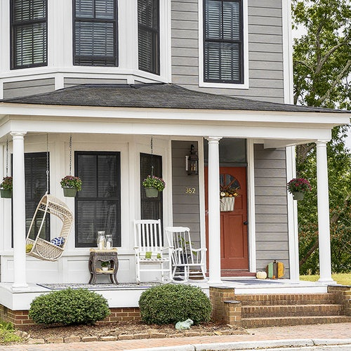 Christmas in Smithfield Historic Homes Tours and Antiques Show