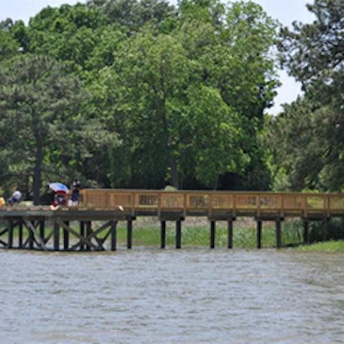 Windsor Castle Park fishing pier