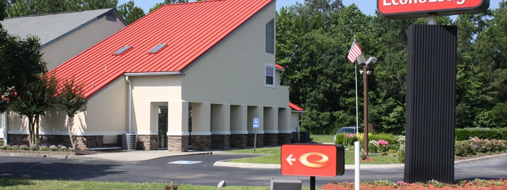Econo Lodge Inn and Suites  CarrolltonSmithfield