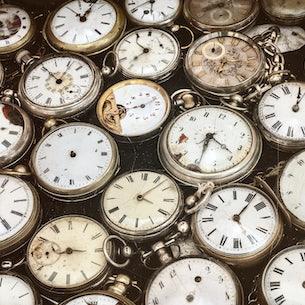 Robinson Antique Clocks and Furniture